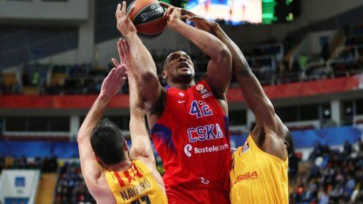 Баскетболисты ЦСКА обыграли «Барселону» 93:82 втоп