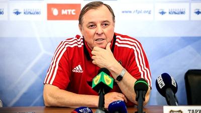 Тарханов: Против такой обороны, как у «Арсенала», очень трудно играть