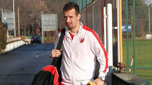 «Зенит» подписал договор сфутболистом Вукашином Йовановичем
