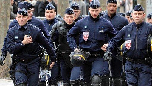 Впроцессе матча Франция— РФ застадионом будут наблюдать снайперы