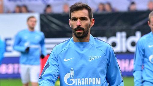 Прядкин назвал трудной ситуацию ссостоянием газона настадионе «Казань-Арена»