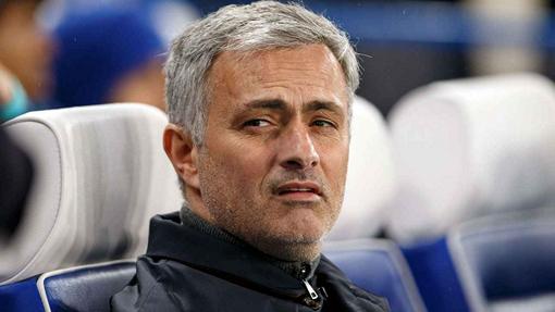 Жозе Моуринью возглавит «Манчестер Юнайтед»— Би-би-си