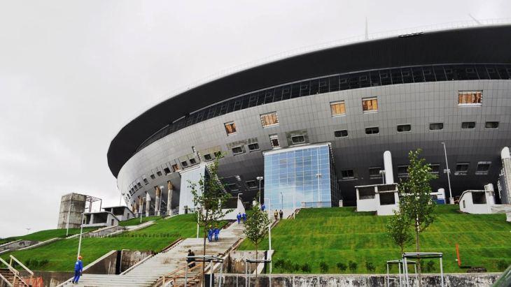 Санкт-Петербург расторг контракт сгенподрядчиком стадиона наКрестовском острове