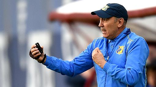Курбан Бердыев объявил освоем уходе футболистам «Ростова»