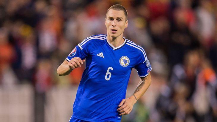 «Томь» подписала договор сзащитником сборной Боснии иГерцеговины Враньешем