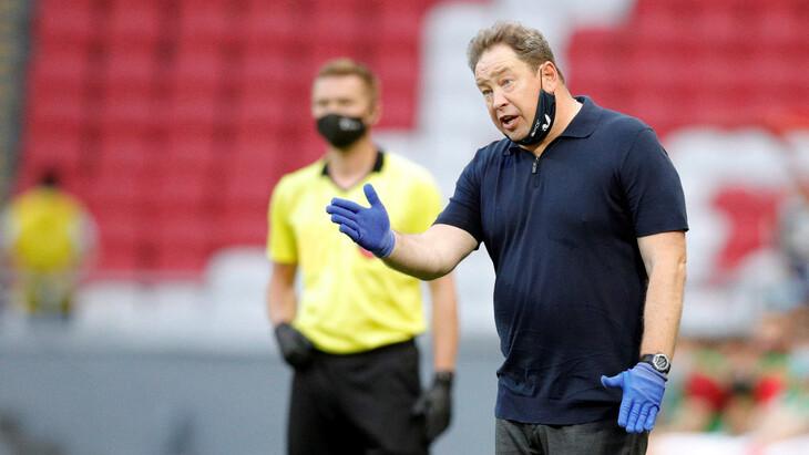 «Рубин» со всей серьезностью готовится к матчам с «Ракувом», заявил Слуцкий