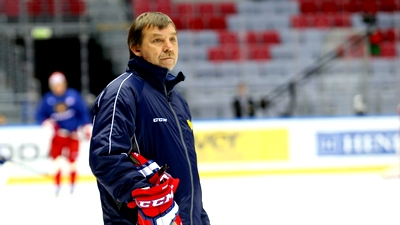 Сборная России оказалась не готова к игре против Швеции, заявил Знарок