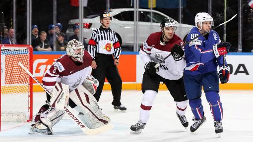 Хоккеисты Франции обыграли сборную Латвии на ЧМ