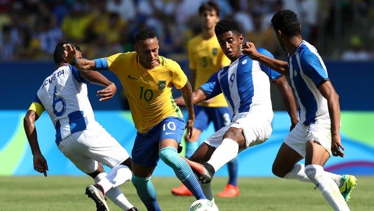 Футболисты сборной Бразилии разгромили Гондурас ивышли вфинал Олимпиады