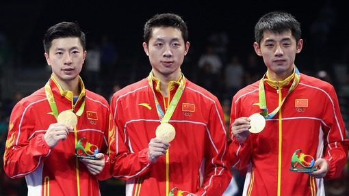 Китаянки взяли золото Олимпиады вкомандном турнире понастольному теннису