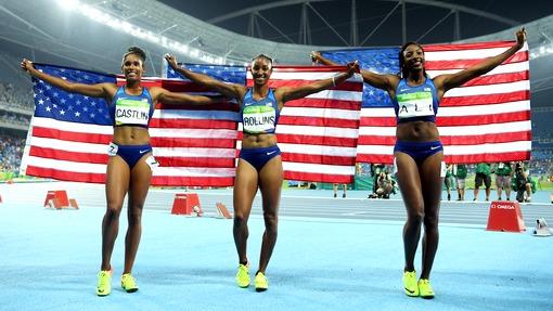 Американки заняли весь пьедестал вбеге на100 метров забарьерами