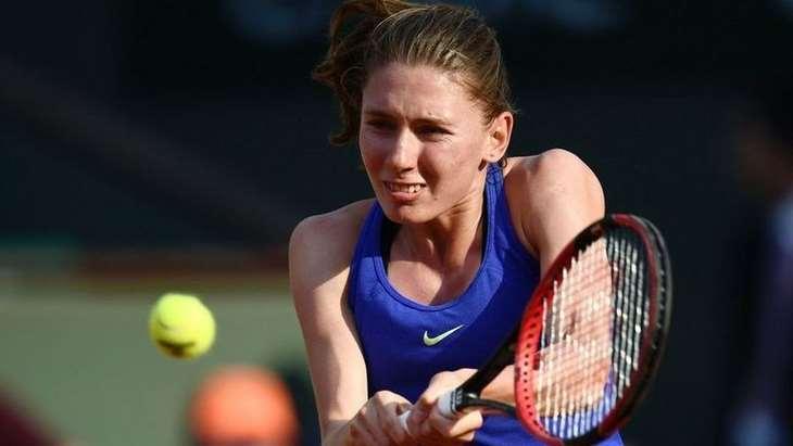 Александрова проиграла Свитолиной в Абу-Даби